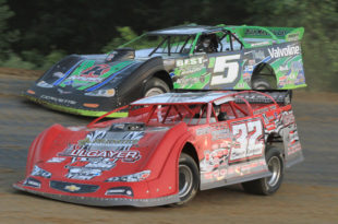 32 Bobby Pierce 5 Brandon Sheppard