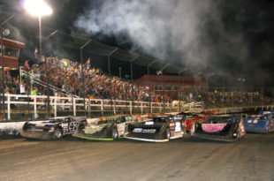 summer-nationals-four-wide