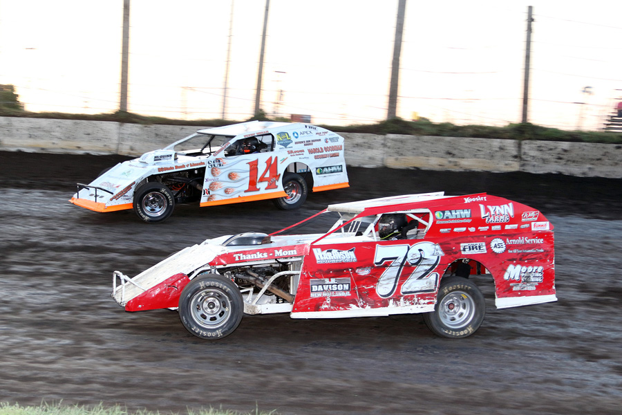 Lincoln Speedway Season Ends Friday With Five Dollar Admission